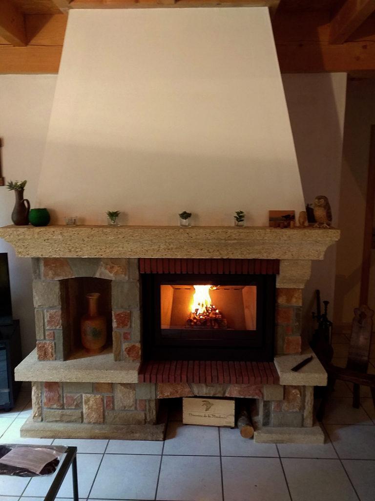 cheminée à bois classique