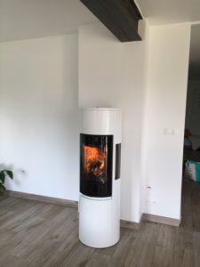 Installation d'un poêle à bois par l'entreprise Signori à Thise